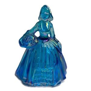 Other - Vintage Wheaton Iridescent Blue Lady With Flowers